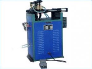 UN-20型对焊机